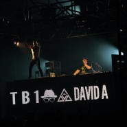 TB1 and David A open for Dyro and Grandtheft